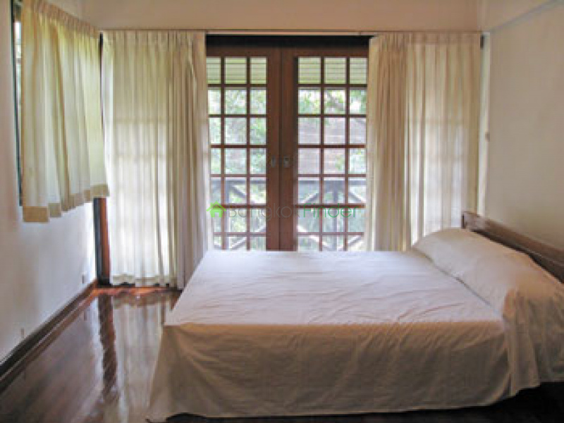 Sathorn, Bangkok, Thailand, 3 Bedrooms Bedrooms, ,4 BathroomsBathrooms,House,For Rent,6722